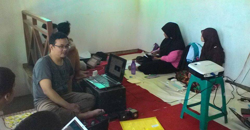 Kelas Twitter Marketing oleh Mas Taufik Iswara, 13 maret 2015 materi Twitter utk branding bisnis